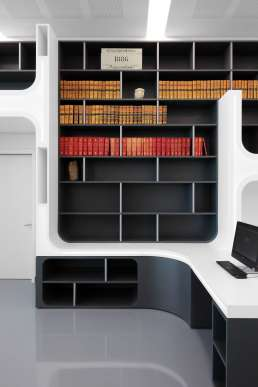 alphabet library pierrevies hoffice
